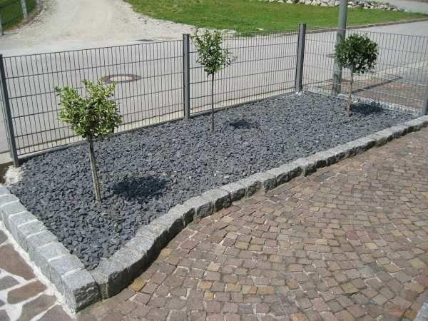 phocathumblBeeteinfassungJuni-2012003